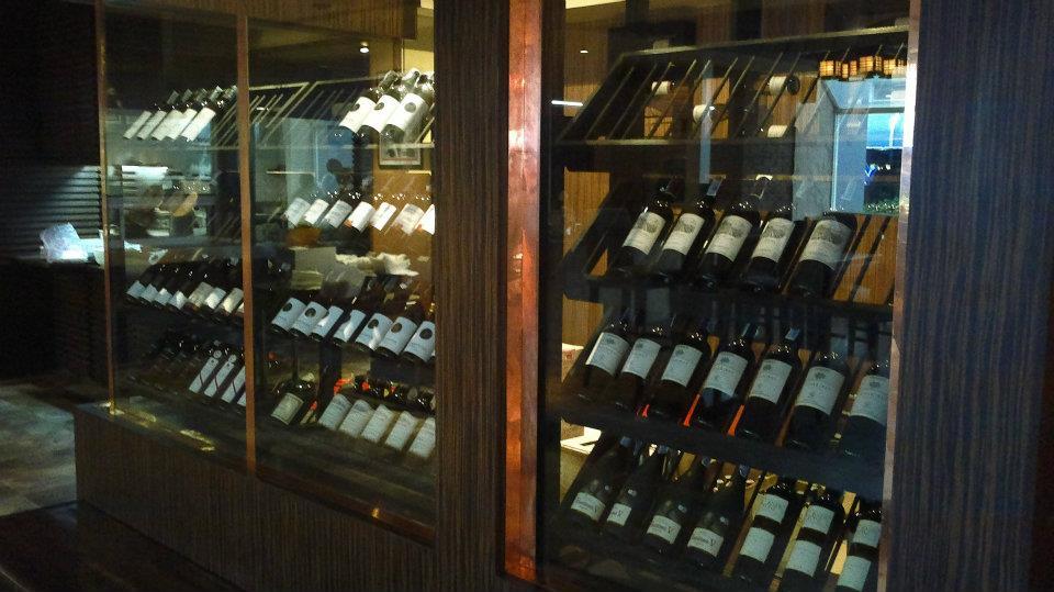 Zaks Wine Bar